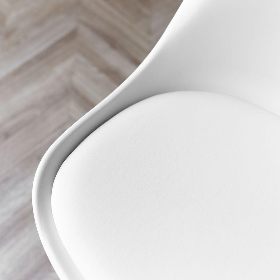 Scandinavian silla blanca