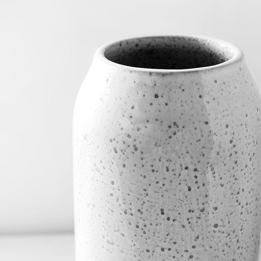 Rustic jarrão cinzento