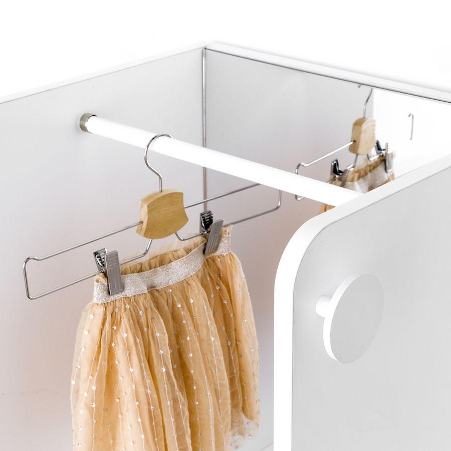 Tale armadio con specchio